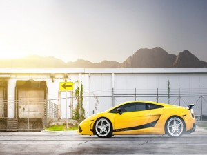 Lamborghini Gallardo Superleggera de color amarillo