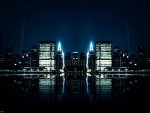 Luces de la ciudad reflejadas