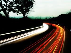 Luces en una carretera