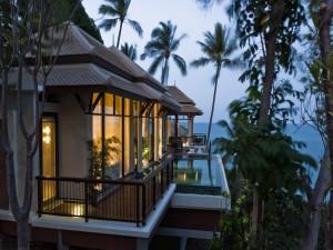 Bonita casa junto al mar
