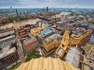 Vista del río Támesis y la ciudad de Londres