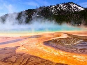 Aguas termales en el Parque Nacional de Yellowstone