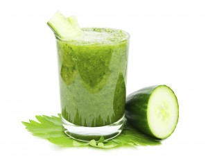 Un saludable smoothie de pepino