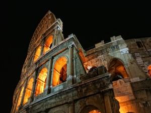 El Coliseo iluminado