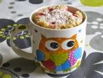 Mug cake en una bonita taza