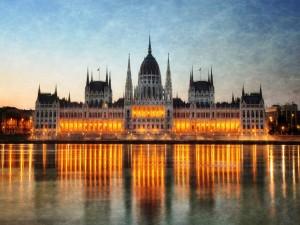 Luces en el Parlamento de Budapest