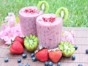 Unos ricos smoothies de frutas