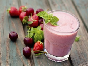 Smoothie de cerezas y fresas