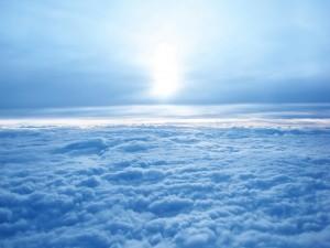 Sol sobre un mar de nubes