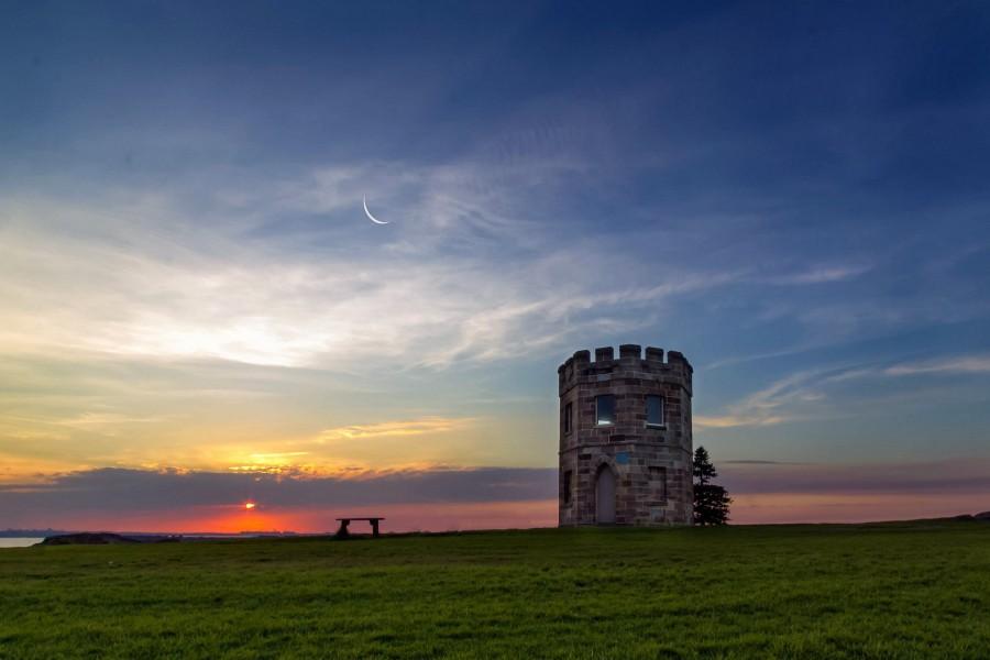 Hermoso cielo sobre la torre