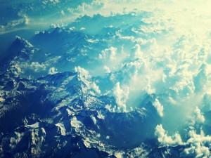 Vista aérea de una cadena montañosa