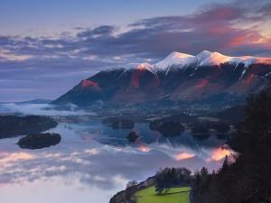 Bonito paisaje montañoso