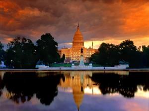 Amanecer sobre el Capitolio de los Estados Unidos