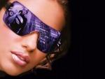 La super modelo Adriana Lima con gafas