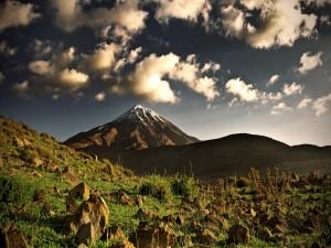 Subida hacia la montaña