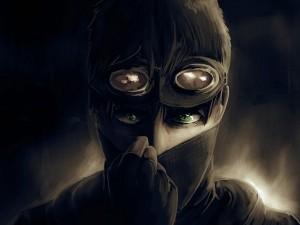 Hombre de ojos verdes con máscara