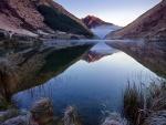Reflexión en el lago