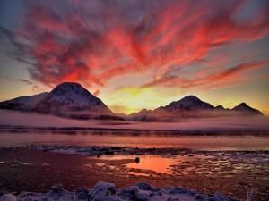 Frío amanecer en las montañas
