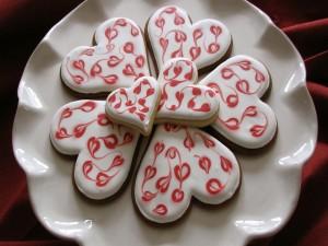 Galletas glaseadas con forma de corazón