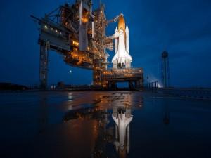 Transbordador Espacial preparado para ser lanzado