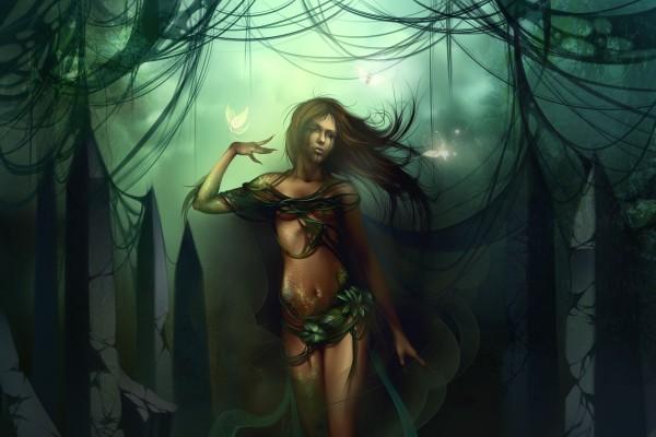 Hada triste caminando por el bosque