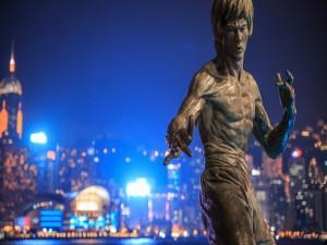 Estatua de Bruce Lee (Paseo de las estrellas de Hong Kong)