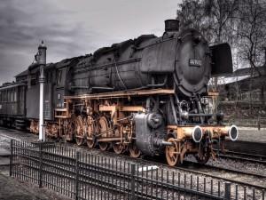 Locomotora en las vías