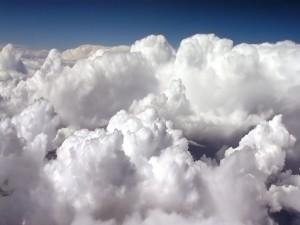 Espesas nubes