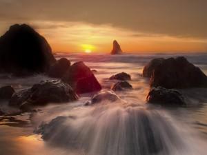 Hermoso amanecer visto desde la playa