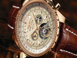 Bonito reloj Breitling