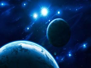Estrellas brillando frente a dos planetas