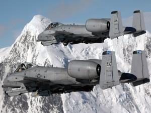 Aviones de combate en el cielo de Alaska