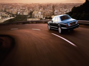 Bentley en la carretera