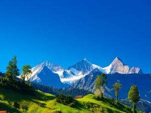 Montañas de los Alpes