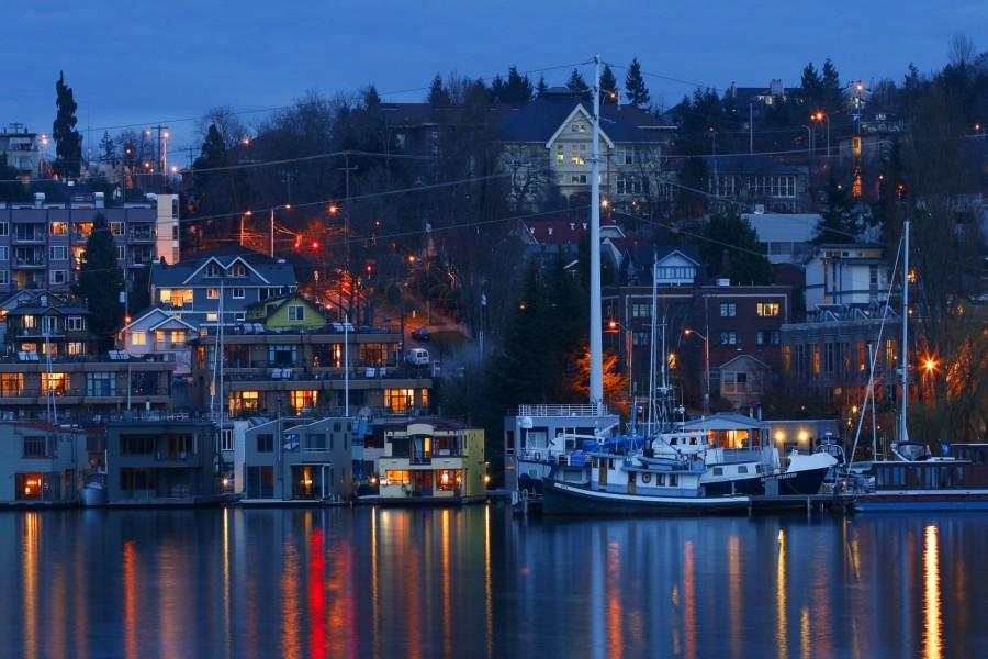 Barcos junto a las casas