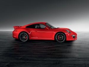 Porsche 911 Carrera de un bonito color rojo