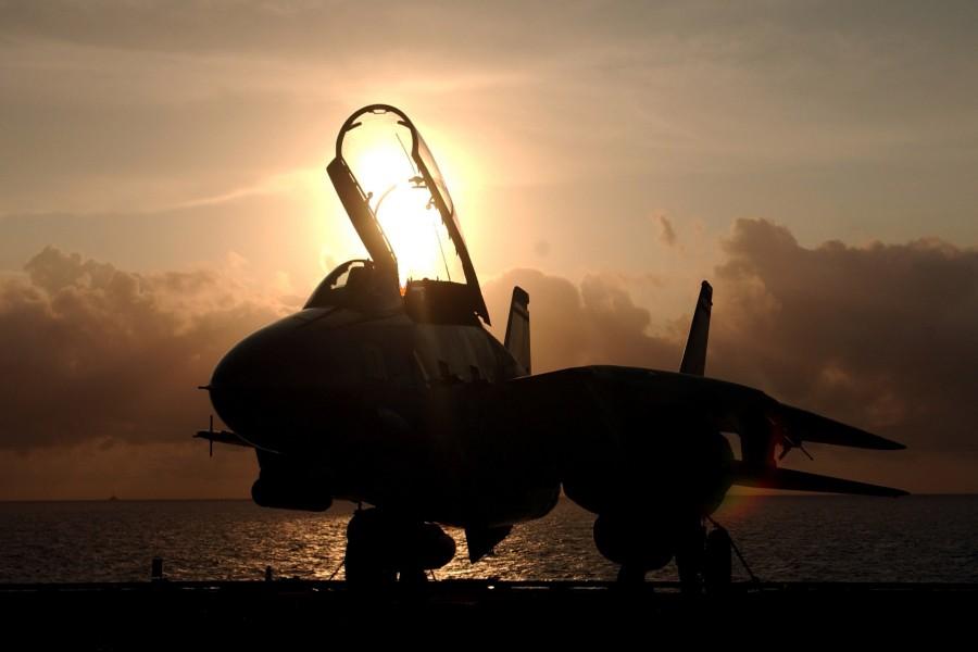 F-14 Tomcat en tierra
