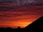 Cielo cubierto de nubes al amanecer