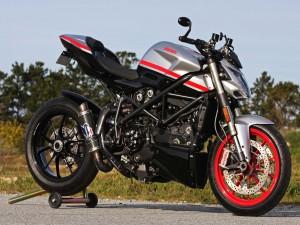 Una Ducati Streetfighter Corse