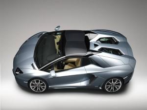 Un Lamborghini Aventador Roadster