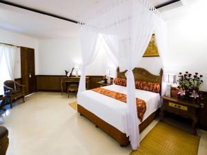 Una romántica habitación de hotel