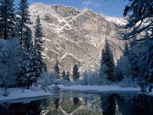 Invierno en el Parque Nacional de Yosemite (California)