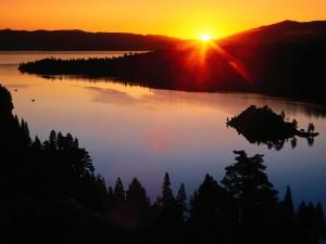 Amanece en el lago Tahoe