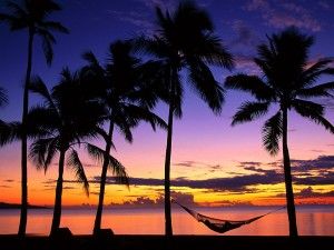 Contemplando el amanecer desde la hamaca