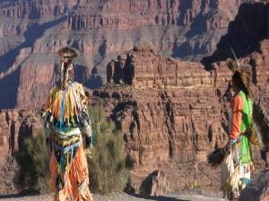 Indios nativos americanos en el Gran Cañón