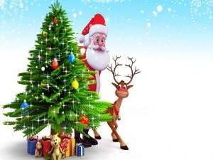 Papá Noel y Rudolph tras el árbol de Navidad
