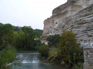 El río Jucar a su paso por Alcalá del Jucar (Albacete, España)