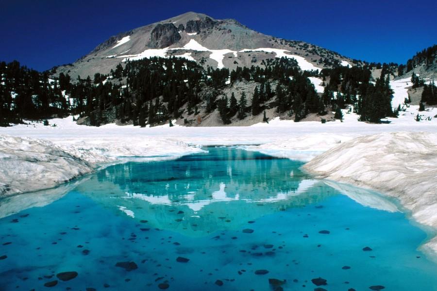 Lago Helen (Parque Nacional volcánico de Lassen)