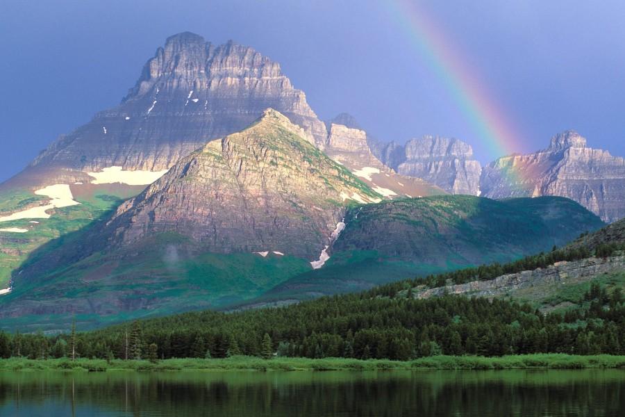 Lago Swiftcurrent (Parque Nacional de los Glaciares, Montana)