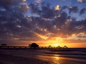Bonito amanecer en Clearwater (Florida)
